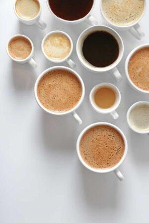 Foto de Varias Tazas Con Diferentes Tipos de Café