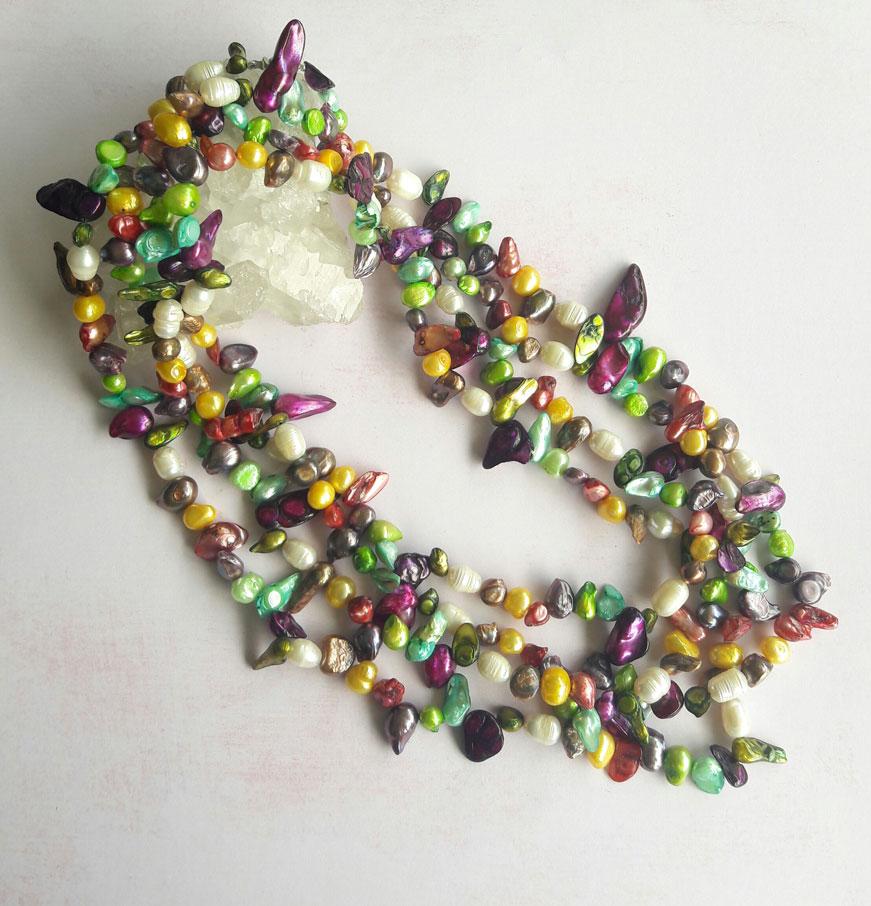 Collar Hecho con Distintas Perlas